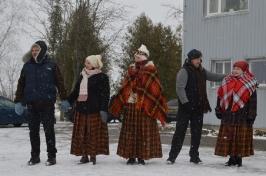Senioru deju kolektīvs LŪZNAVA piedalījās Meteņdienas pasākumā Ozolaines pagastā 26.02.2017._10
