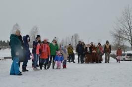 Senioru deju kolektīvs LŪZNAVA piedalījās Meteņdienas pasākumā Ozolaines pagastā 26.02.2017._14