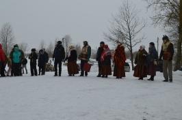 Senioru deju kolektīvs LŪZNAVA piedalījās Meteņdienas pasākumā Ozolaines pagastā 26.02.2017._4